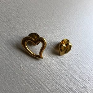 Set of two Carolee heart pins